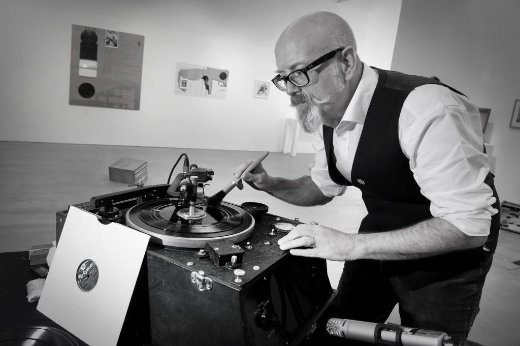 Gary cutting vinyl